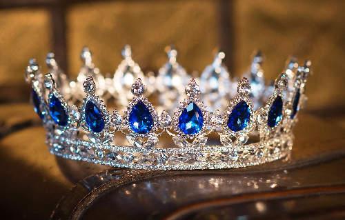 sapphire-crown