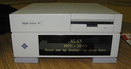 computer cremation urn